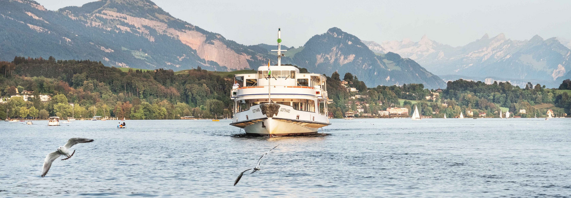 The motor boat Gotthard on its after-work cruise on Lake Lucerne.